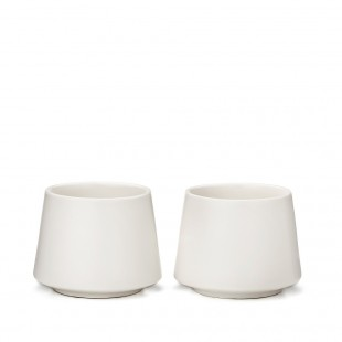 Deux verres à thé en céramique supérieure
